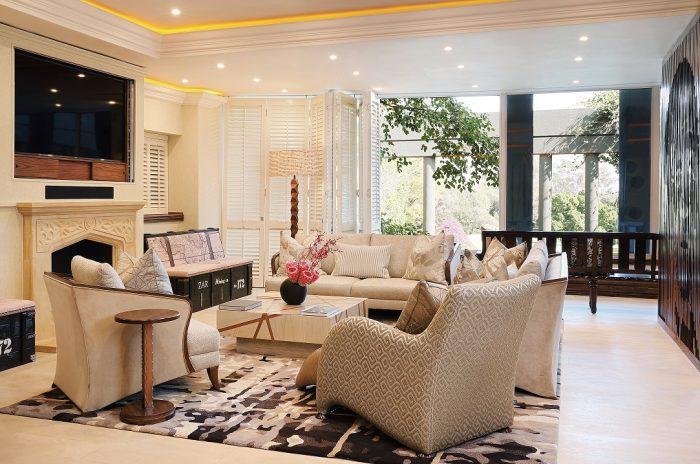 Saxon - Nelson Mandela Platinum Suite