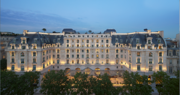 "Paris's newest ""Palace"""