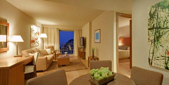 Hotel Bellevue suite accommodation
