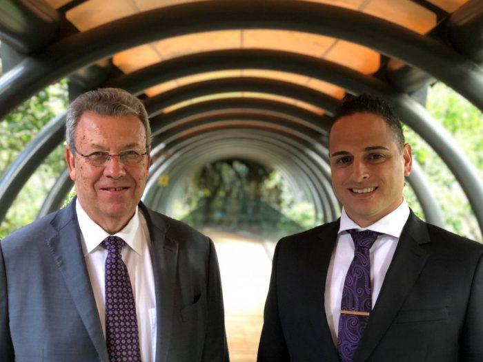 Mr Cohen & Anton Gillis, Saxon hotel