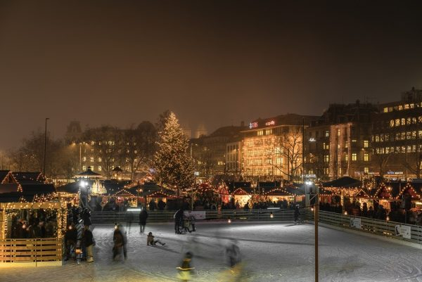 Zurich: Christmas Markets, Carol Concerts & Cosy Chalets